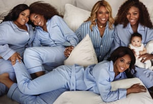Serena Williams with her daughter Alexis Olympia, her mother Oracene and sisters Isha, Venus and Lyndrea