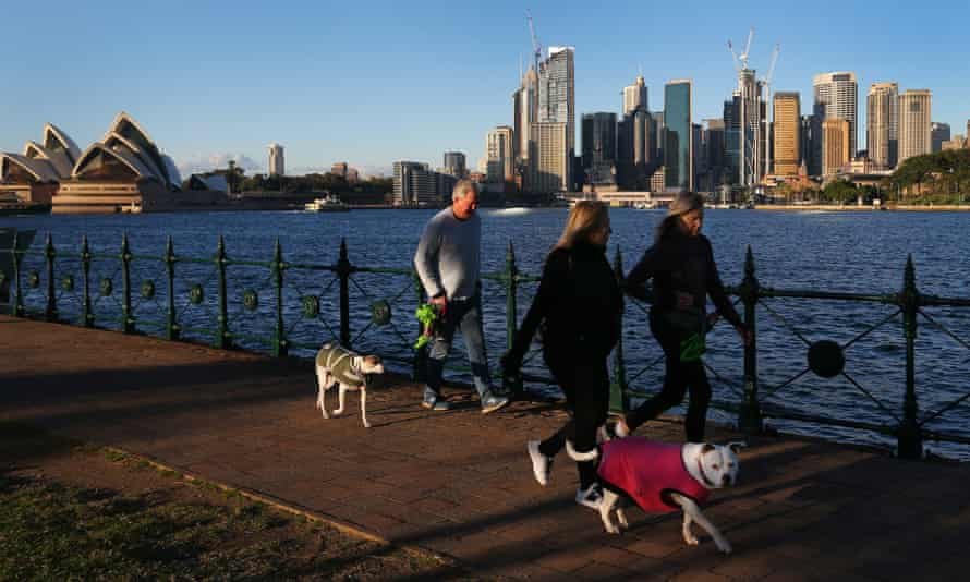 People go for a walk during lockdown in Sydney