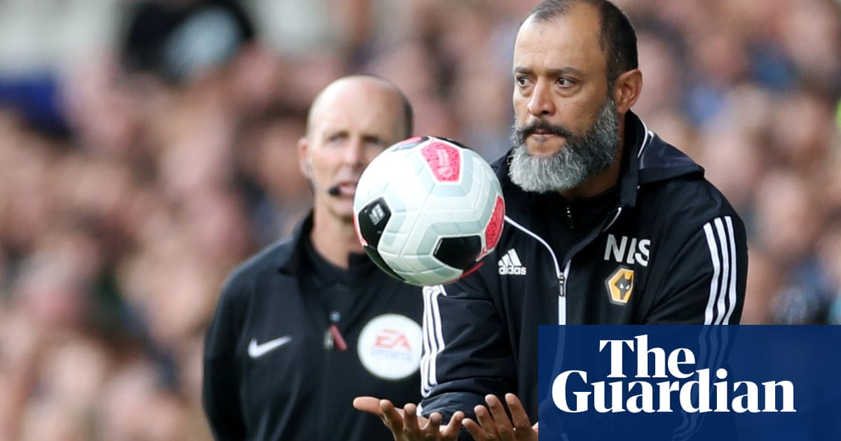 Football League clubs who defy Rooney rule should lose points, says report