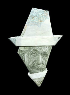 Albert Einstein  illustrated using banknote origami by Japanese illustrator Yosuke Hasegawa.