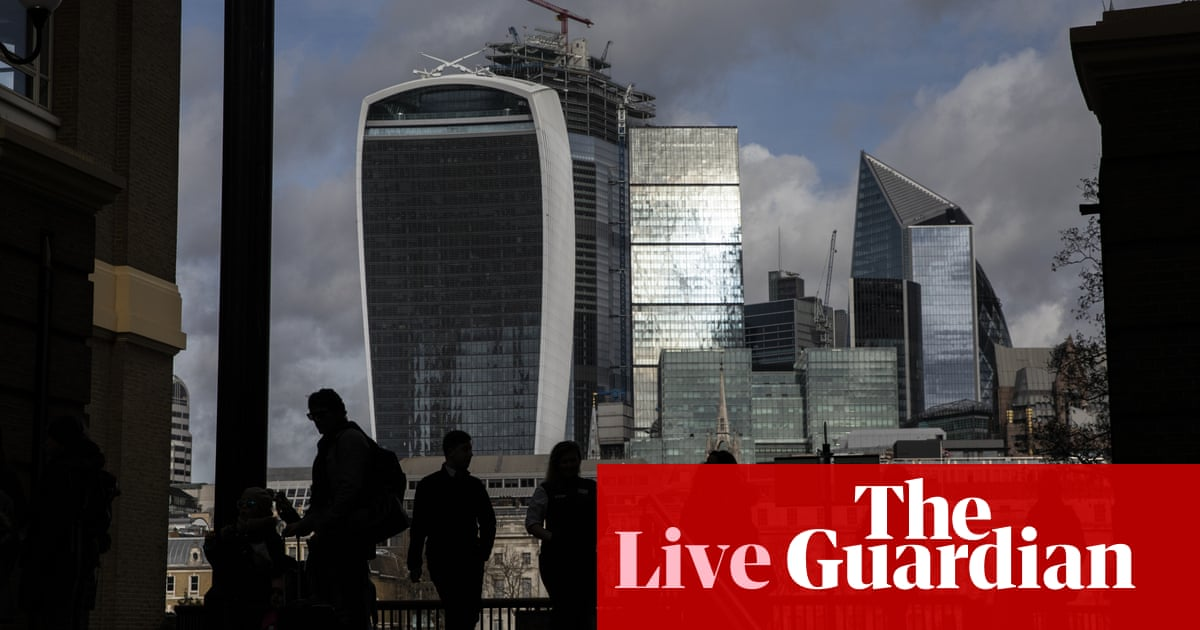 Pound hits 31 month high as Conservatives hold election lead