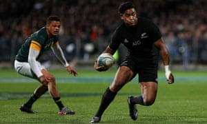 Julian Savea in action for the All Blacks