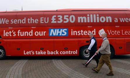 A Brexit battle bus.