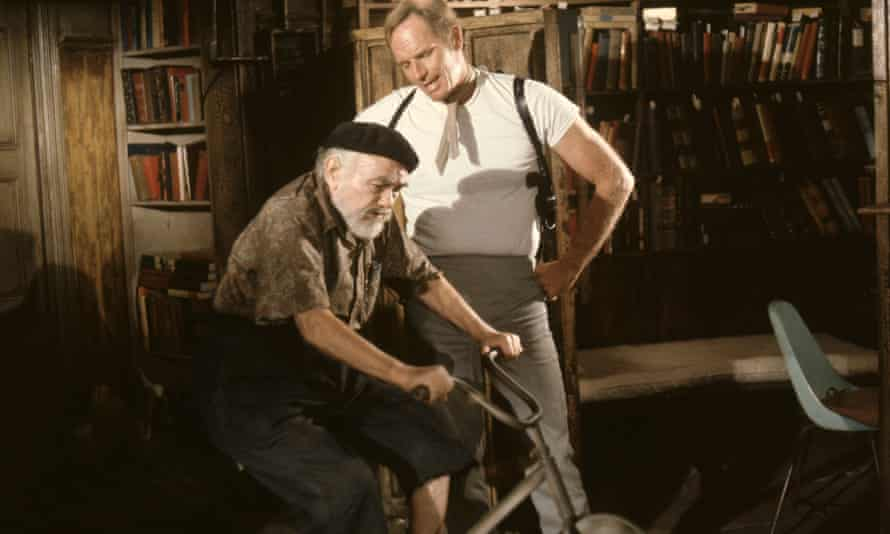 Edward G Robinson and Charlton Heston in Soylent Green