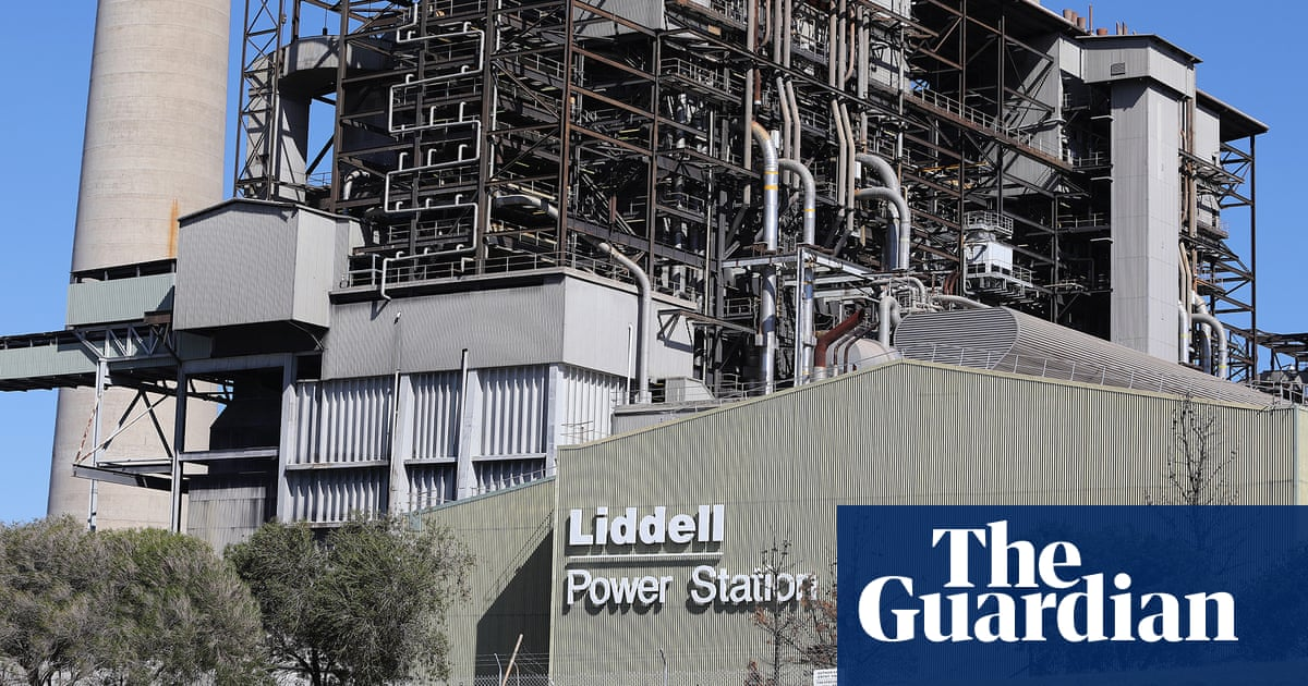 Snowy Hydro chief executive tells inquiry he's known owner of NSW gas plant site for 40 years