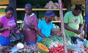 Market day: fresh farm produce in White River.