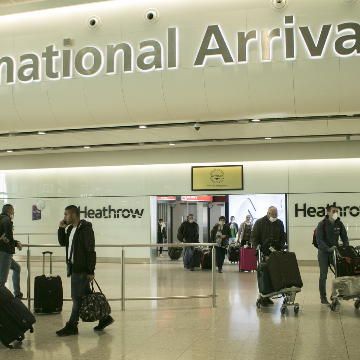 Two Week Quarantine For Travellers To Uk Would Devastate Aviation Industry World News The Guardian