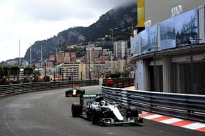 Hamilton keeps Ricciardo at bay.