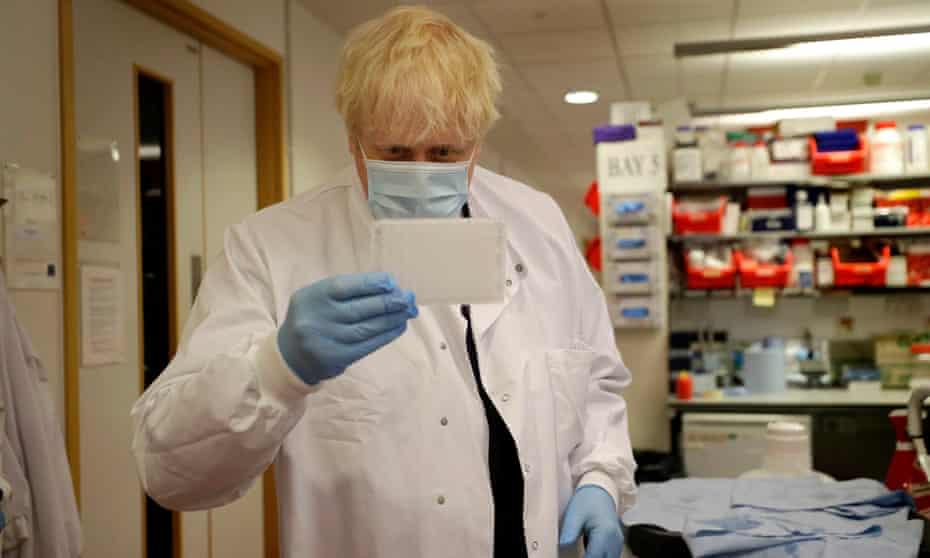 Boris Johnson at a laboratory in Oxford