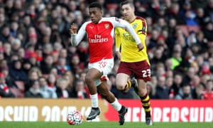 Arsenal's Alex Iwobi breaks clear of Stephen Ward of Burnley in the FA Cup tie