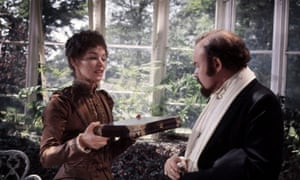 Glenda Jackson and Timothy West in the 1975 film adaptation.