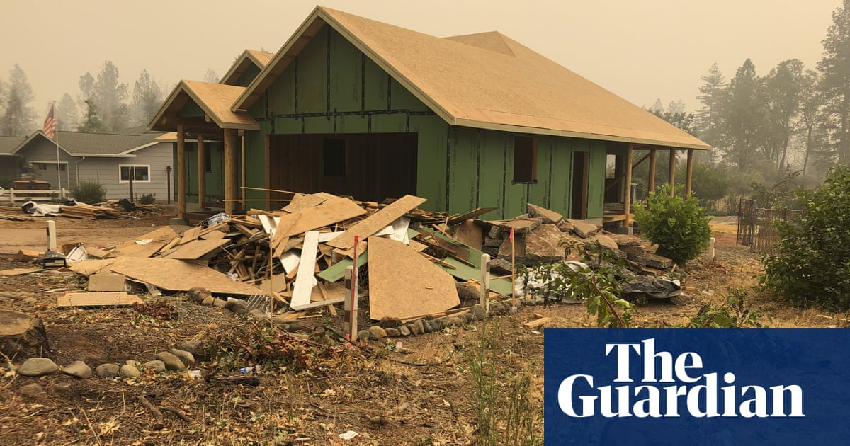 Smoke over Paradise stirs painful memories of California's deadliest fire – The Guardian
