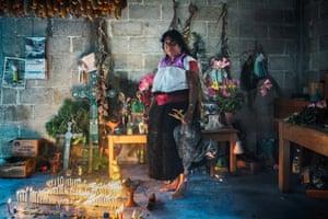 Pascuala the pulsadora or healer