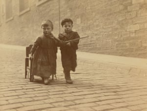 Dundee, 1904