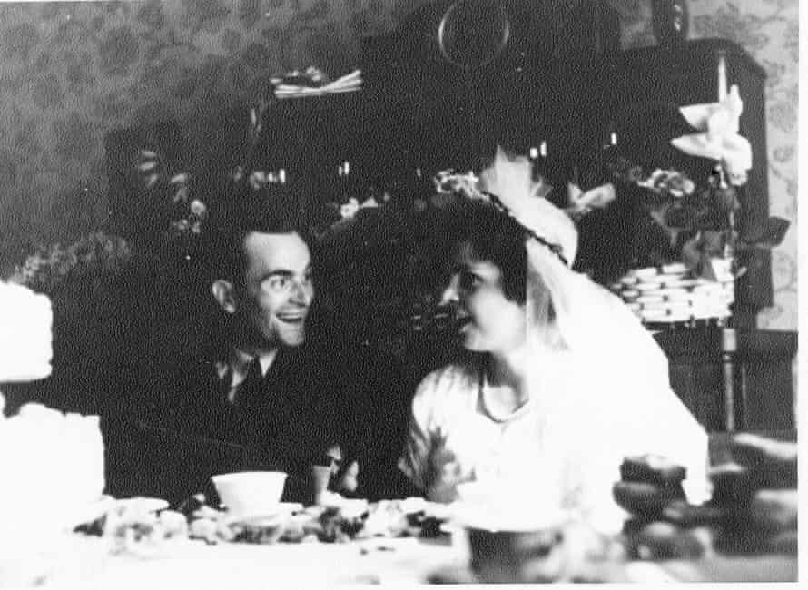 Harry Leslie Smith at his wedding to Friede.