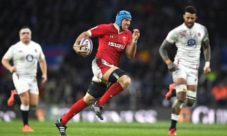 Justin Tipuric is back for Wales for their Autumn Nations Cup match against Ireland after recovering from tonsillitis.