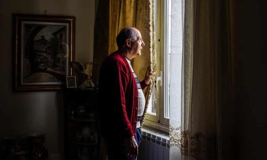 Franco Lo Vecchio in his house in Sambuca's Saraceno quarter.