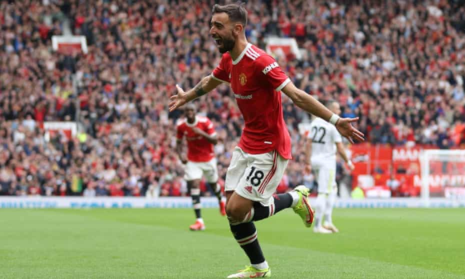 Bruno Fernandes celebrates scoring in Manchester United's win