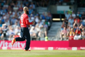 Moeen gets another one!