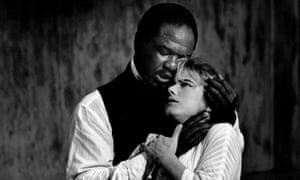 Willard White as Othello and Imogen Stubbs as Desdemona for the RSC in 1989.
