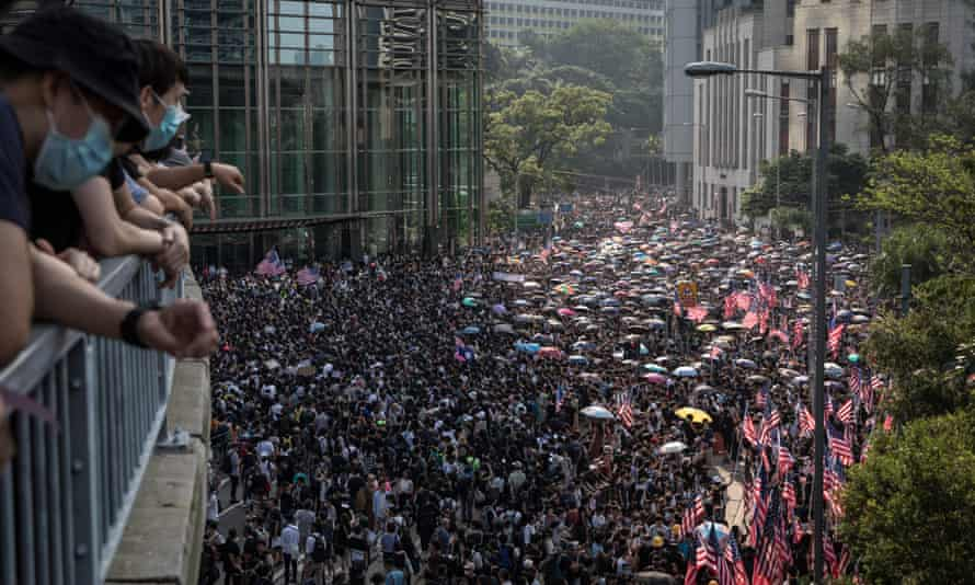 The protests on Sunday attracted thousands of demonstrators, as the unrest enters its 14th week.