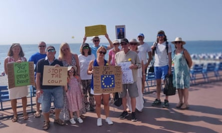 Protesters in Nice