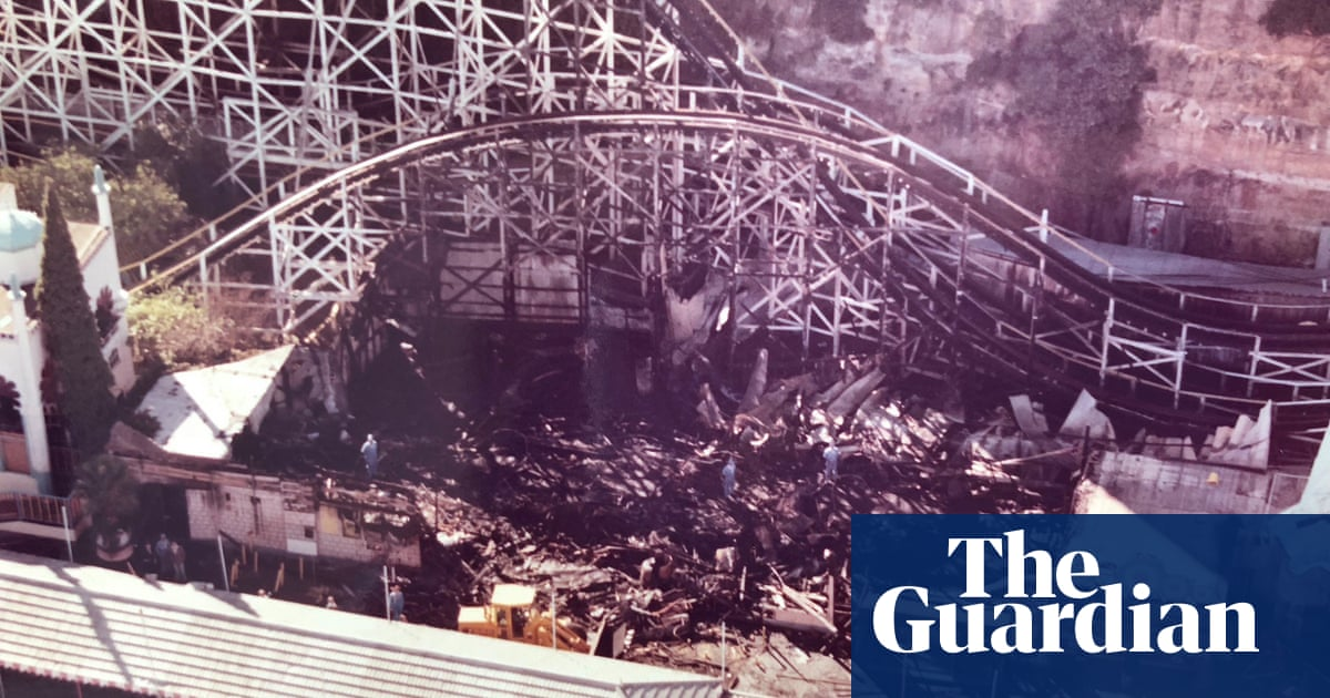 ABC rejects criticism of Neville Wran's treatment in Luna Park ghost train fire series