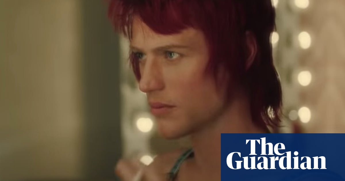 Eddie Izzard meets Noel Fielding: what I learned from the Bowie biopic Stardust trailer