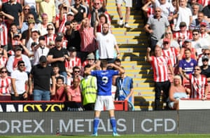 Leicester City's Jamie Vardy celebrates scoring the opener against Sheffield United as The Foxes win 2-1 at Bramall Lane.