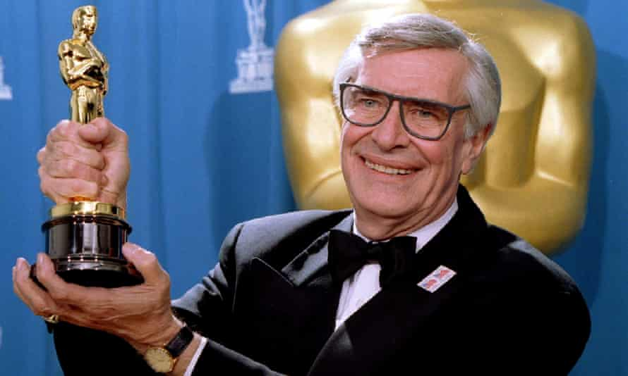 Actor Martin Landau displays the Oscar he won for Best Supporting Actor in Ed Wood.