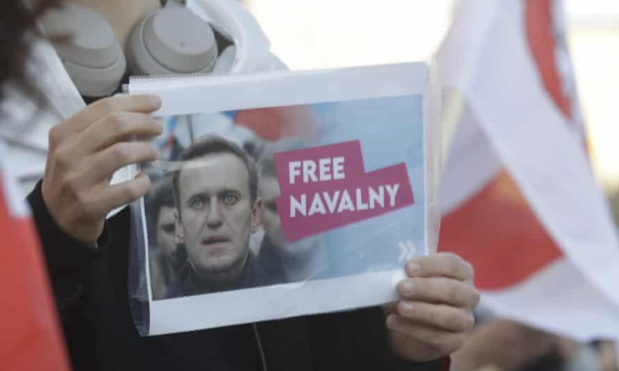 Flyer saying 'Free Alexei Navalny'