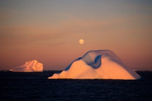 Sunset and moonrise during a Greenpeace Antarctica expedition 1990/91