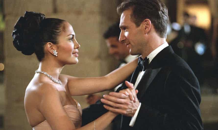 Jennifer Lopez and Ralph Fiennes in Maid in Manhattan.