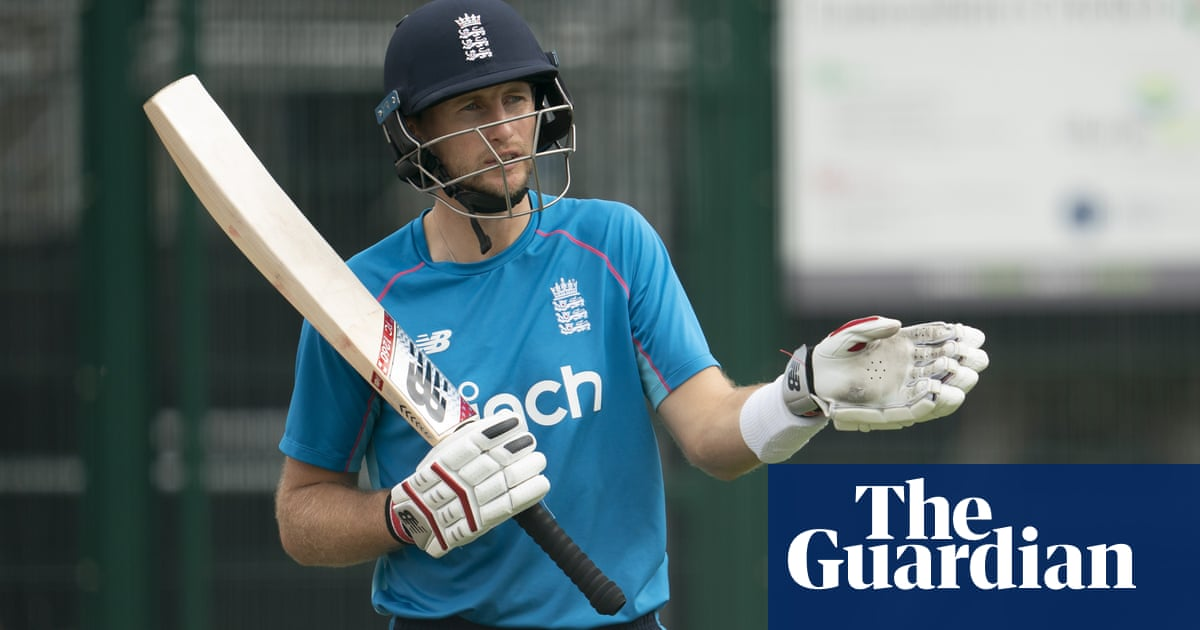 England families given Melbourne Christmas hope as Ashes talks continue
