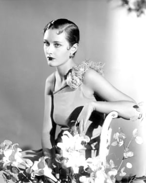 Primrose Salt, debutante of the year, with fashionable Eton crop hairstyle, photographed by Paul Tanqueray in 1933