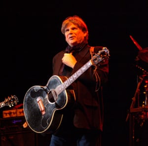 Don Everly performing live onstage, November 2005