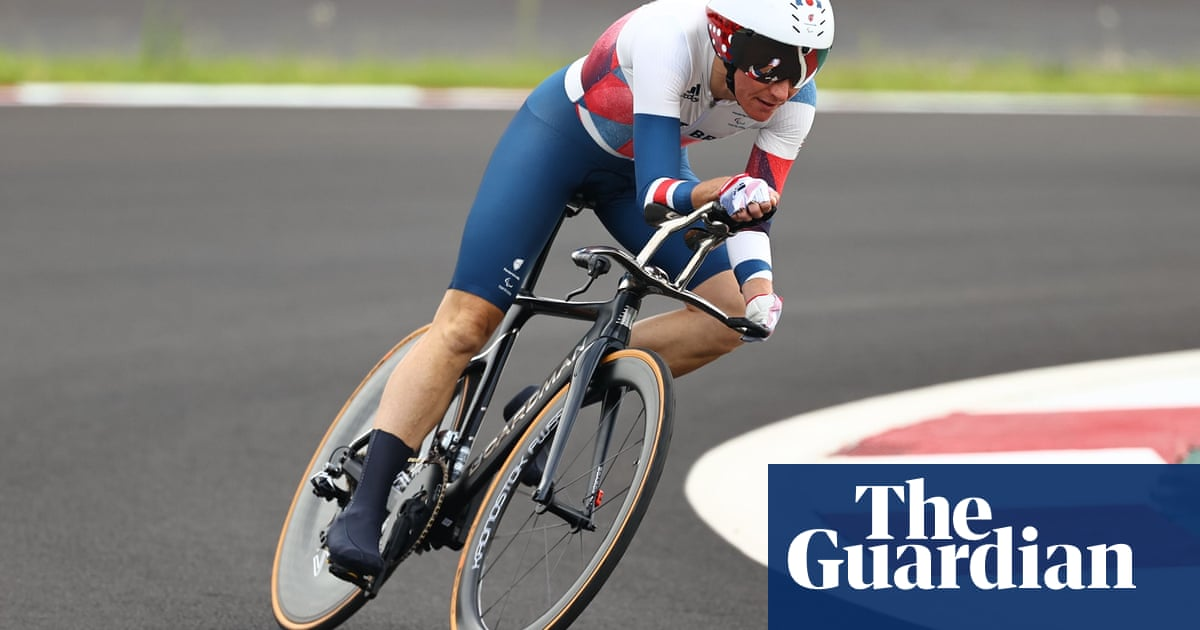 Sarah Storey closes on outright British Paralympic record after time trial gold