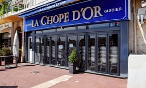 Bars, pubs and cafes are set to reopen starting May 19th in France.