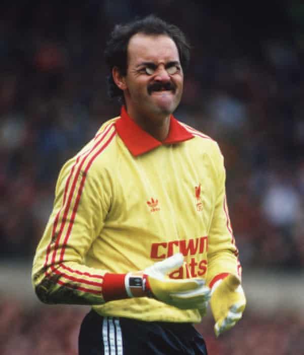 Liverpool joker Bruce Grobbelaar in 1985.