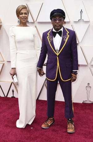 Tonya Lewis Lee, left, and Spike Lee arrive at the Oscars