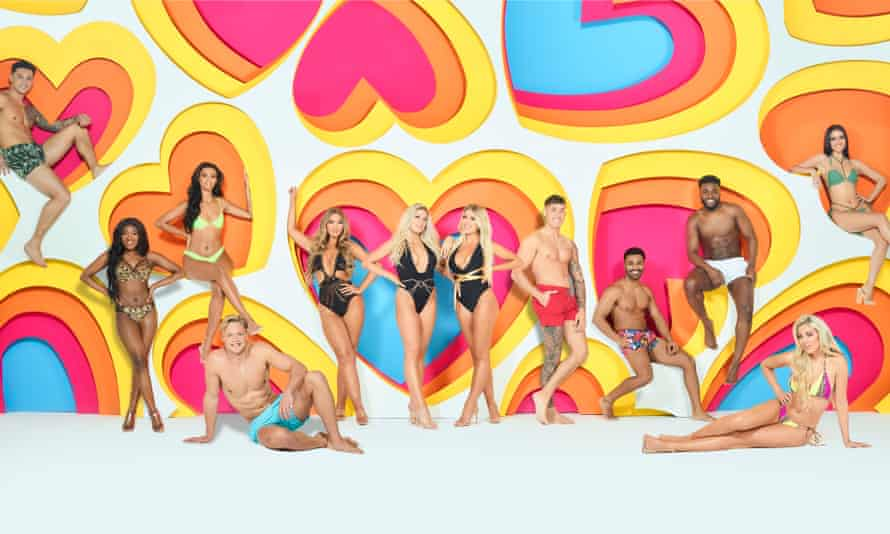 'Love Island' TV Show, Series 6, South Africa - Jan 2020Editorial use only Mandatory Credit: Photo by Joel Anderson/ITV/REX/Shutterstock (10519615ag) Callum Jones, Leanne Amaning, Sophie Piper, Ollie Williams, Shaughna Phillips, Jess Gale, Eve Gale, Connor Durman, Nas Majeed, Mike Boateng, Paige Turley and Siannise Fudge 'Love Island' TV Show, Series 6, South Africa - Jan 2020