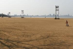 A deserted Chowpatty beach
