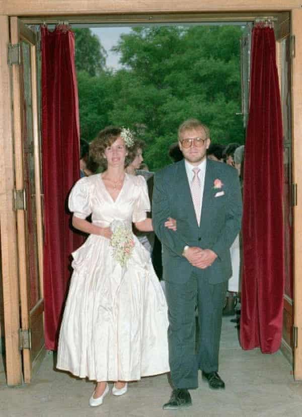 Ο γάμος του Clive Smallman και της Mary Haropolo στις 31 Μαΐου 1990
