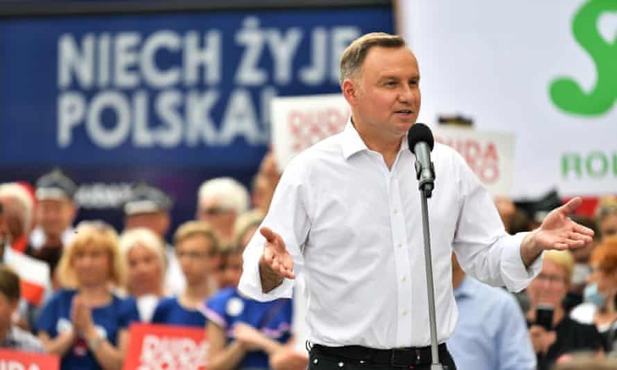 Andrzej Duda speaks at a campaign rally in Złotoryja