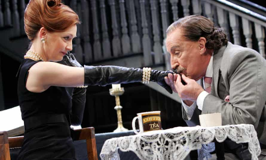 Parody … Sir Epicure Mammon, played by Ian Richardson.