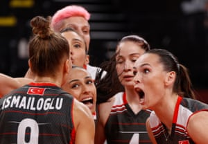 Turkey's Eda Erdem (right) celebrates against the Russian Olympic Committee in the women's volleyball.