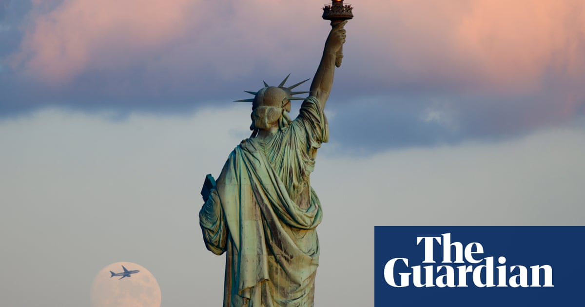 US to lift Covid travel ban for vaccinated passengers from UK and most of EU