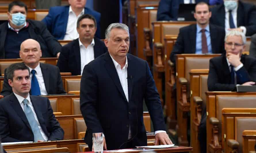Viktor Orban in the Hungarian parliament