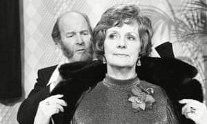 Jean Heywood had a short appearance in ITV's Emmerdale Farm in 1978 as Mrs Acaster - seen with Ronald Magill as Amos Brearly.