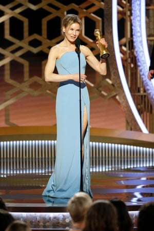 Renée Zellweger accepts the award for best actress in a movie for Judy